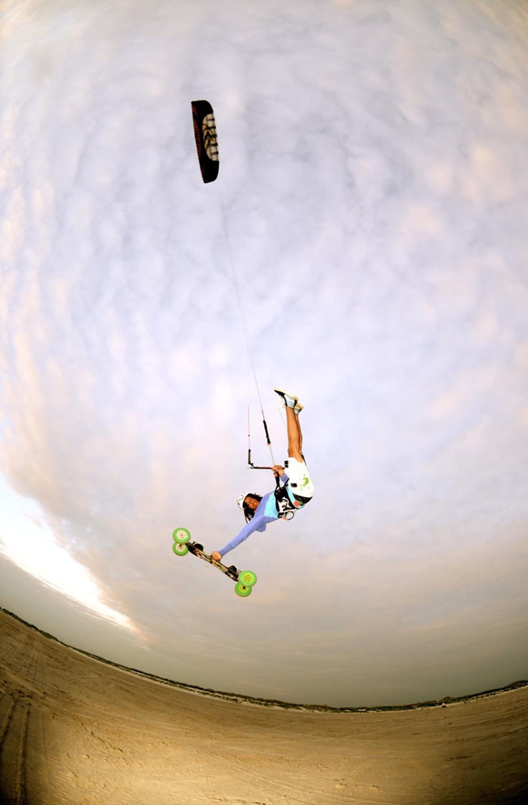 SPEED3 - Flysurfer Kiteboarding