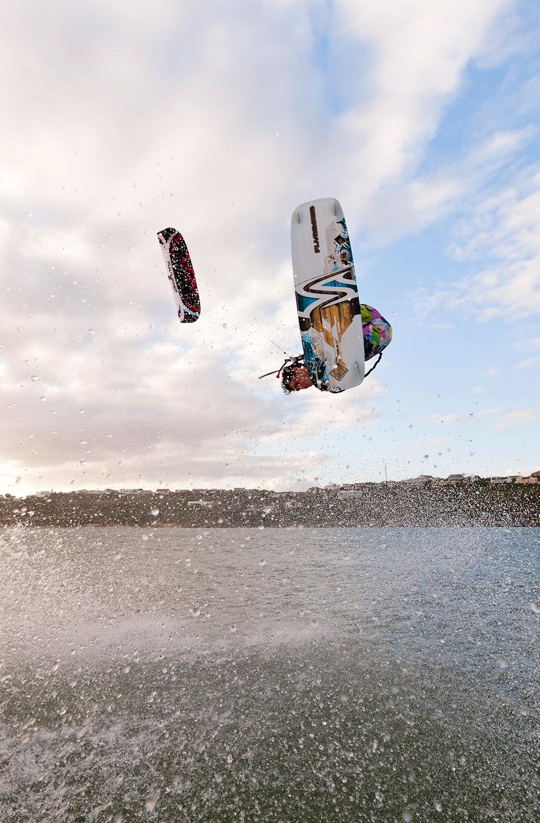 SPEED4 8.0 & 10.0 - Flysurfer Kiteboarding