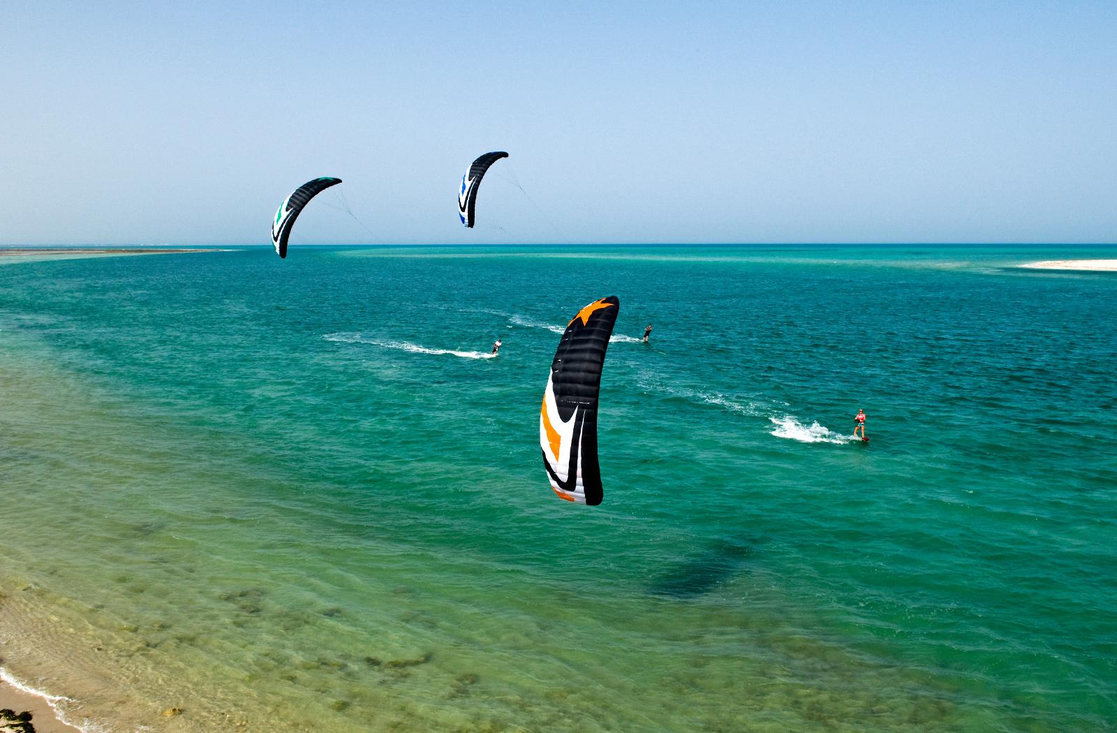 PSYCHO4 - Flysurfer Kiteboarding