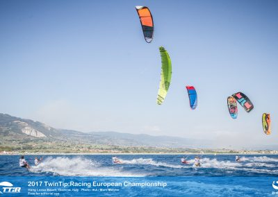 IKA TTR EUROPEANS-HANGLOOSEBEACH-ITALY-DAY3 (32 of 33)