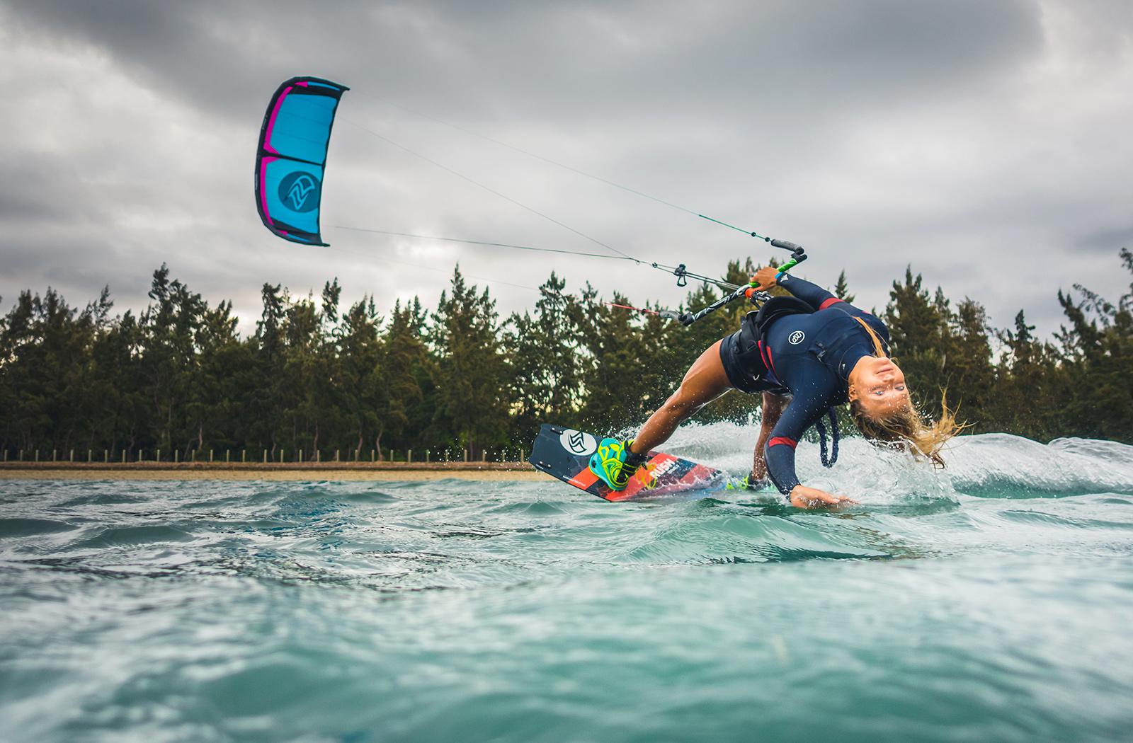 Stoke flysurfer kiteboarding for Flying spaces gebraucht